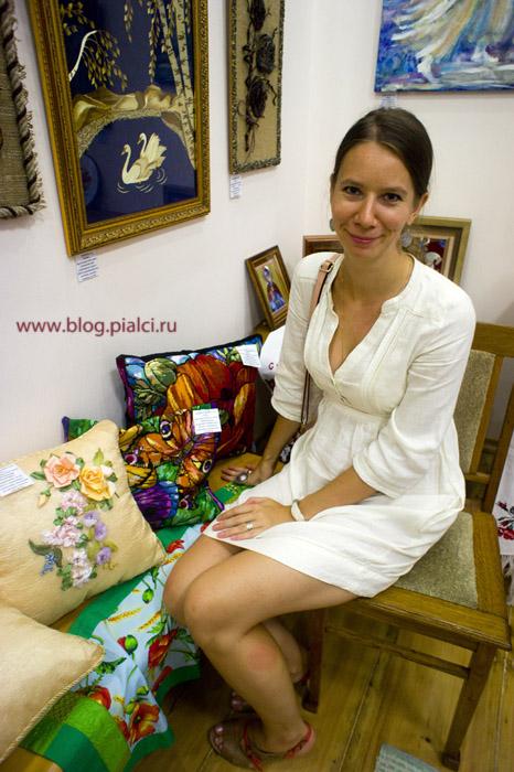 Кайгородова на выставке вышивка крестом
